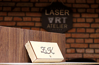 Krabičky - Maxi Šperkovnica s vlastnými iniciálmi - 10383568_