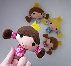 Hračky - Prstová maňuška princezná - na výber - 10387325_