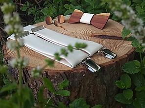 Doplnky - Pánsky drevený motýlik, manžetové gombíky a traky - 10386632_