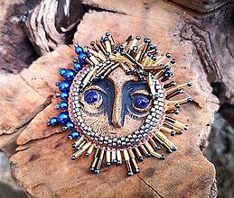 Odznaky/Brošne - Brošňa s keramickým slnkom - 10386487_