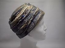 Čiapky - Béžový klobúk s indickým hodvábom - 10392608_
