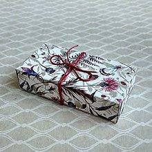 Obalový materiál - Krabička darčeková lúčne kvety - 10390197_