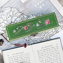 Krabičky - Ručne maľované puzdro so snežienkami (Š8.5cm- V3.2cm -D22cm (s priečinkami)) - 10389657_