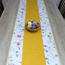 Úžitkový textil - Vesna - stredový obrus (2) - 10388872_