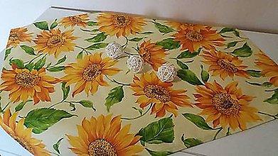 Úžitkový textil - Slnečnicový obrus (90*90 cm) - 10396533_