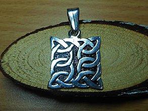 Šperky - celtic amulet -prepletaný symbol - 10396445_