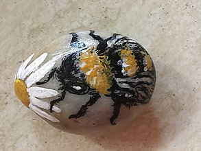 Dekorácie - Kameň -Včela - 10394153_