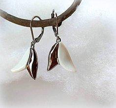 Náušnice - Porcelánové náušnice - biele kvietky - 10396105_