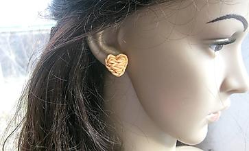 Náušnice - Pletené srdiečka - napichovačky (marhulkové -  č. 2571) - 10395035_