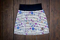 Na slnku zmení farbu - Kúzelná sukňa vzor Prúžky