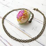 Náhrdelníky - Listopadka jarní - náhrdelník z PET - 10393100_