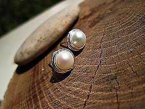 Náušnice - napichovačky perla - 10396247_