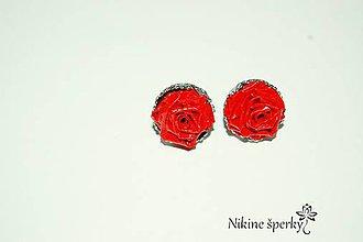 Náušnice - Červene ružičky - 10393569_