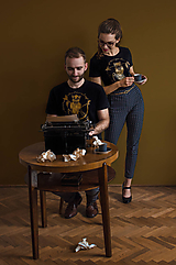 Tričká - Tričko STRELEC & STRELENÁ /zlatá - 10396442_