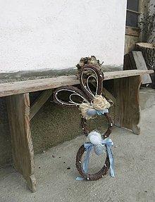 Dekorácie - Závesná veľkonočná dekorácia - zajačik ušiačik - 10400501_