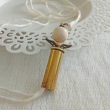 Náramky - Hodvábny náramok s nábojnicovým anjelikom - 10400989_