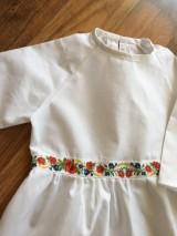 Šaty - Jednoduché šaty so stuhou - 10398708_