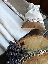 Úžitkový textil - Ľanová štóla s krajkou - 10398531_