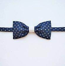 Doplnky - Motýlik modro-biely štvorčekový - 10398155_