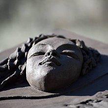 Socha - Pod krídlami anjela - keramický obraz - 10399451_