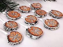Dekorácie - vianočné ozdoby Zasnežené - 10399336_