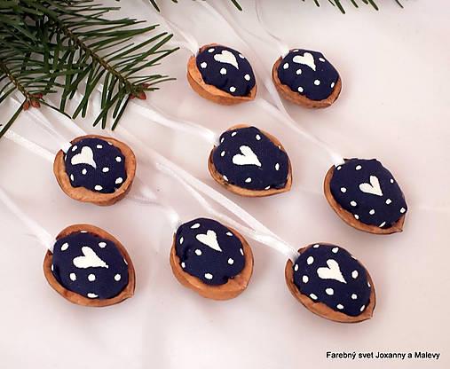 vianočné Oriešky Modré Bodkované 2