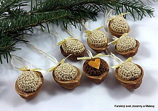 Dekorácie - vianočné háčkované Oriešky béžové - 10398588_