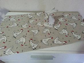 Úžitkový textil - Velkonočný stredový obrus (Sliepočky na režnej) - 10402920_
