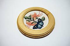 Obrázky - Krížiková výšivka Motýľ na kvetoch -  mini - 10402257_