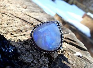 Prstene - Strieborný Prsteň s Mesačným Kameňom - 10402940_