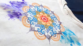 Tričká - Vo farbách čakier - 10404645_