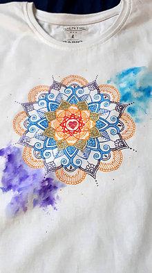 Tričká - Vo farbách čakier - 10404629_
