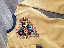 Detské oblečenie - Mikina srdiečko - 10402679_