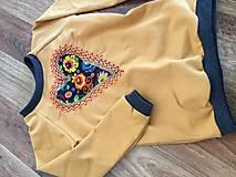 Detské oblečenie - Mikina srdiečko - 10402680_