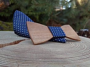 Doplnky - Pánsky drevený motýlik a vreckovka - 10402676_