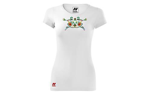 Vyšívané dámske tričko s folklórnym motívom, krátky rukáv
