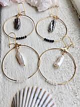 Náušnice - Náušnice z pravých perál Keshi biele/čierne - 10401949_