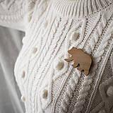 Odznaky/Brošne - Drevená brošňa medveď - 10404461_