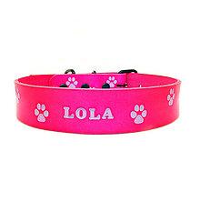 Pre zvieratká - Ružový kožený obojok s fialovými labkami - 10403125_