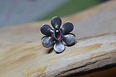 Prstene - kytička rubínová - 10403755_