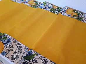 Úžitkový textil - Sada s kachličkami (Stredový obrus s lemom kachličiek 136×40 cm) - 10409404_