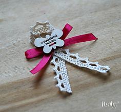 Pierka - Svadobné pierka pre rodičov a svedkov tmaro ružová, motýlik - 10407915_