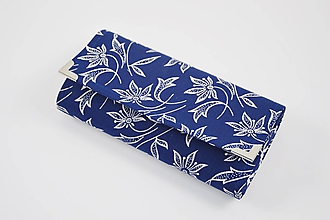 Peňaženky - Tmavomodrá peňaženka s bielymi kvetmi - 10406113_