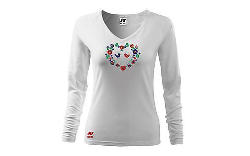 Vyšívané dámske tričko s ľudovým motívom