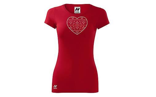 Vyšívané dámske tričko s folklórnym motívom srdca, krátky rukáv