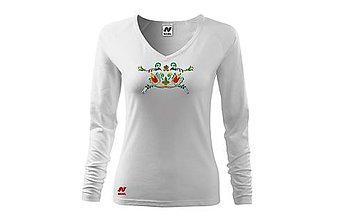Tričká - Vyšívané dámske tričko s folklórnym motívom, dlhý rukáv - 10406166_