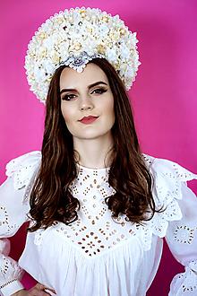 Ozdoby do vlasov - Romantická biela (ne)tradičná svadobná parta - 10408586_