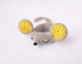 Hračky - myška-hrkálka (svetlo žlté ušká) - 10406589_