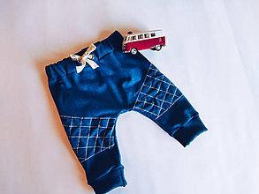 Detské oblečenie - Prešívané tepláčiky 2 - 10406153_