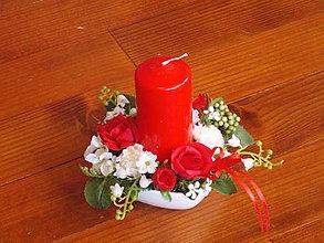 Dekorácie - Dekorácia v červených farbách so sviečkou aj na Valentína - 10408064_